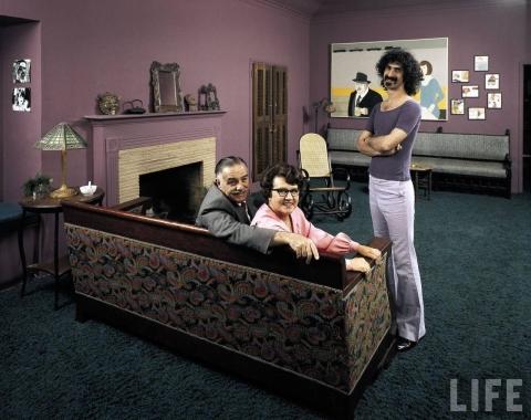 Frank-Zappa-parents-frank-zappa-5107392-1280-1015